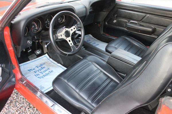 Red 1970 Ford Mustang Boss 302 Interior