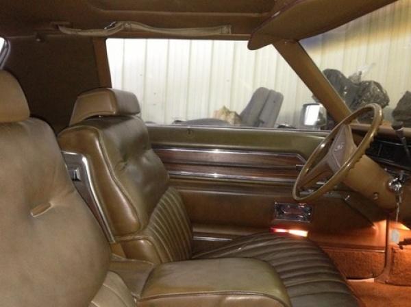 1972-cadillac-eldorado-station-wagon-interior