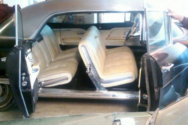 1958-cadillac-eldorado-brougham-interior