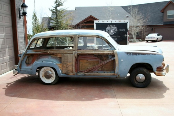 barn-wood-1951-ford-country-squire-side-view