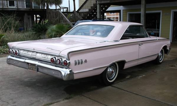 lustre-survivor-1963-mercury-marauder-rear-corner
