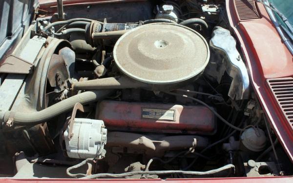 1964-corvette-stringray-airport-find-engine