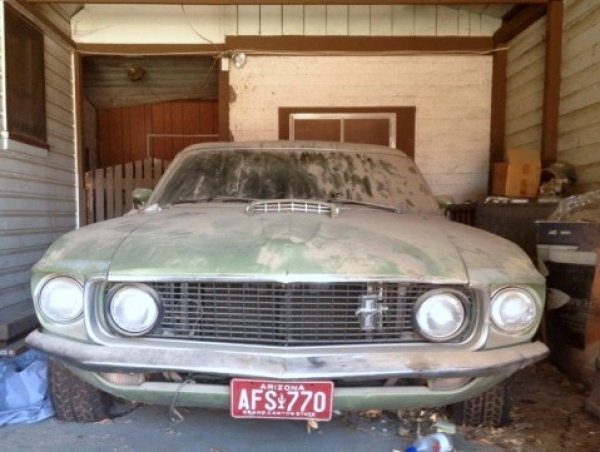 1969-ford-mustang-sportsroof-garage-find