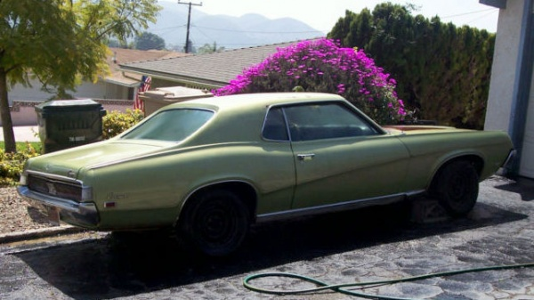 1969-mercury-cougar-sports-special-rear