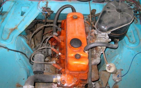 pint-size-find-1954-nash-metropolitan-engine
