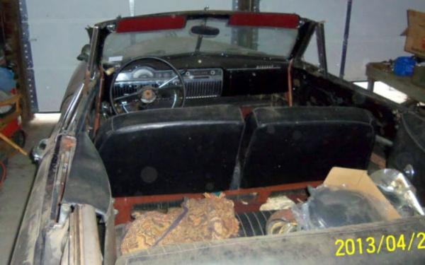 survivor-1950-mercury-convertible-interior