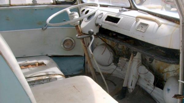 barn-samba-1967-volkswagen-type-2-bus-interior