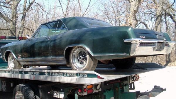 low-mileage-1965-buick-riviera-gs-rear-corner