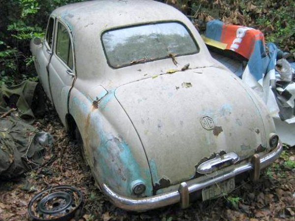 mg-magnette-in-need-of-rescue
