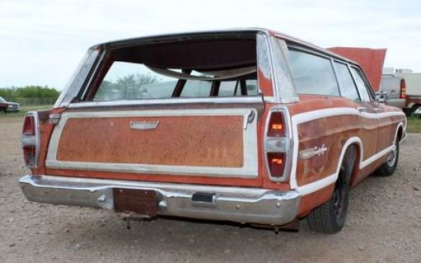 patinated-1968-ford-ltd-country-squire-rear-corner