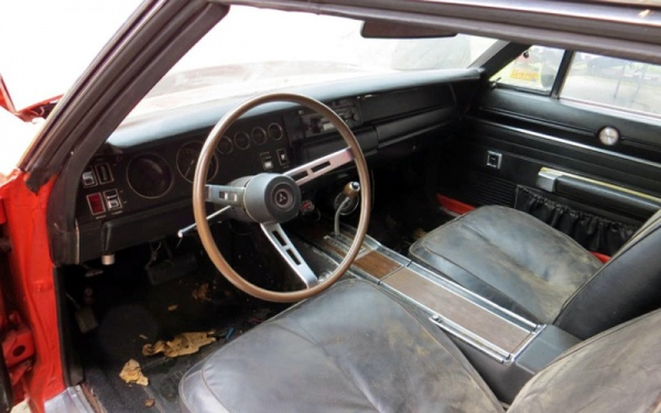 1970-dodge-challenger-rt-interior