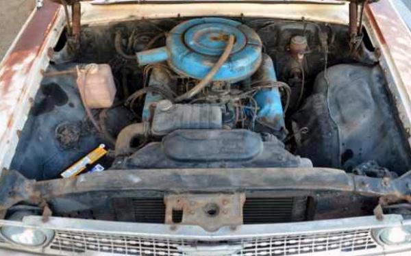 field-find-1963-ford-galaxie-500-wagon-motor