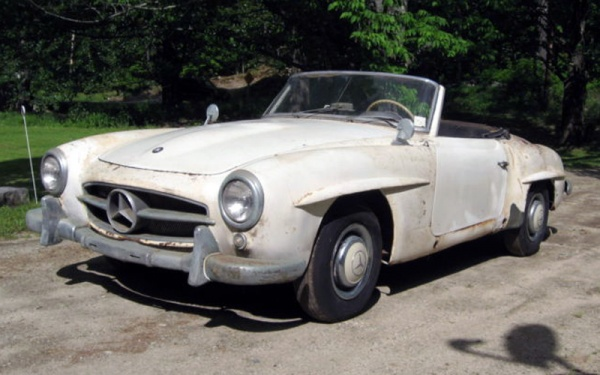 maine-find-1956-mercedes-190sl-front-corner
