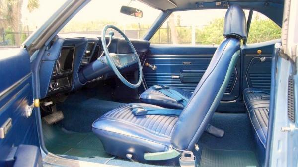 pampered-1969-chevy-camaro-interio