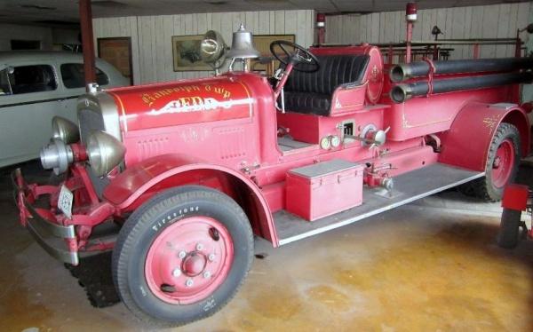 ron-hilens-antique-classic-cars-fire-engine
