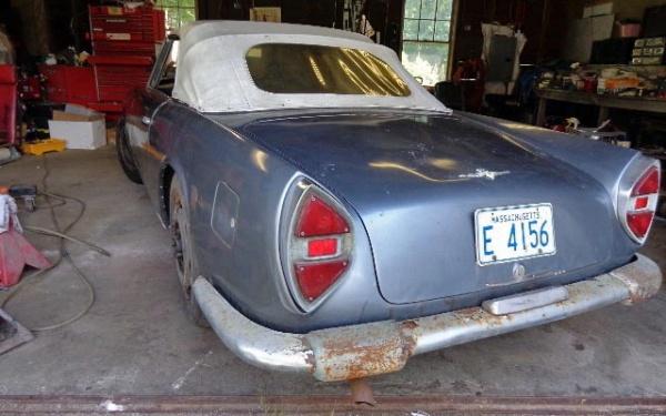 1961-lancia-flaminia-cab-rear-corner-barn-find