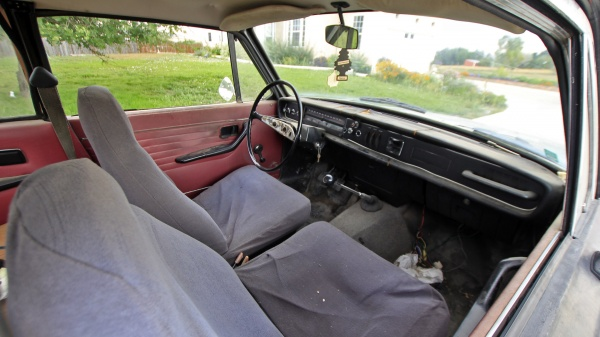 1968-volvo-142s-interior-barn-find