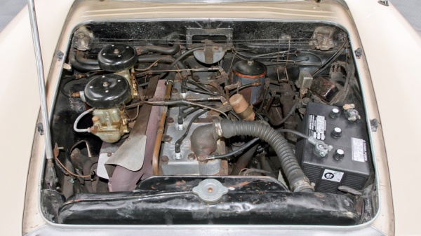 italian-from-detroit-1953-hudson-italia-prototype-engine