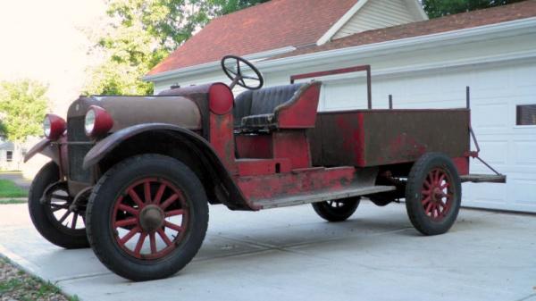 1923-reo-speedwagon-fire-truck