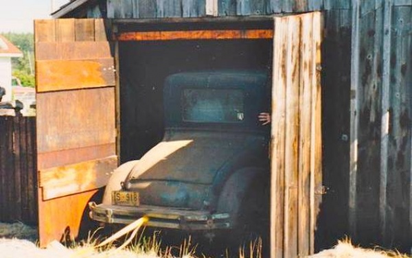 1927-essex-barn-find