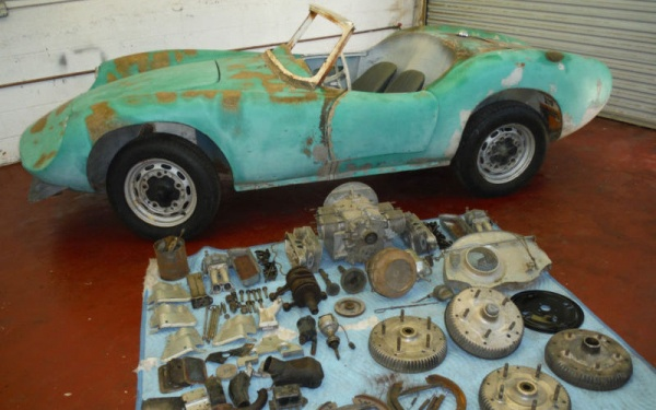 1960-devin-d-with-spare-parts