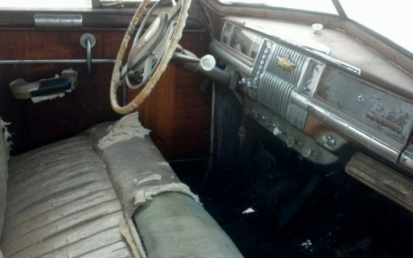 1948-desoto-suburban-interior