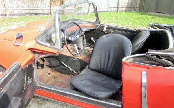 1958-fiat-1200-tv-spider-interior