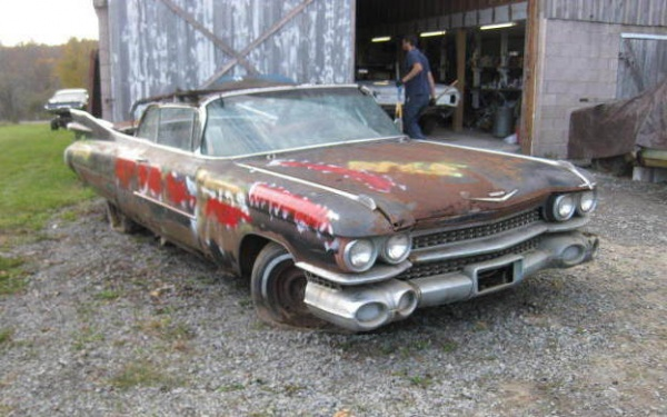 1959-cadillac-convertible-barn-find