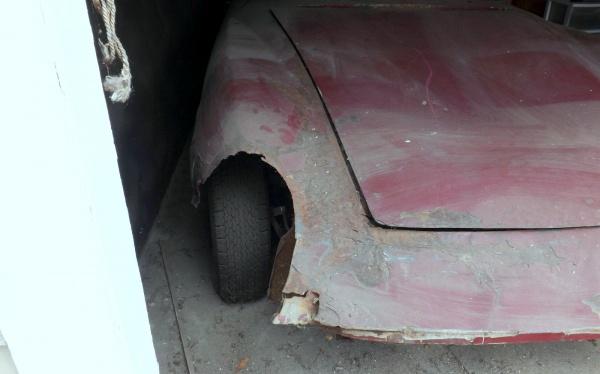 1969-intermeccanica-damage