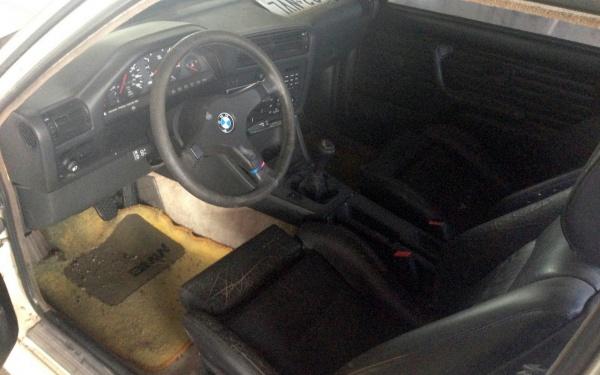 1988-bmw-m3-interior