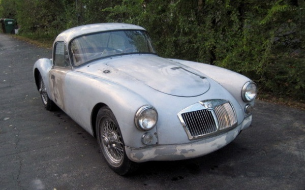 mg-mga-1600-coupe
