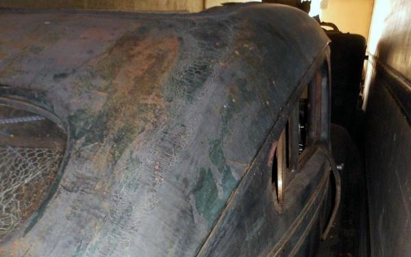 truck-trailer-chrysler-airflow