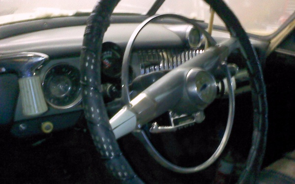 1951-chevy-interior