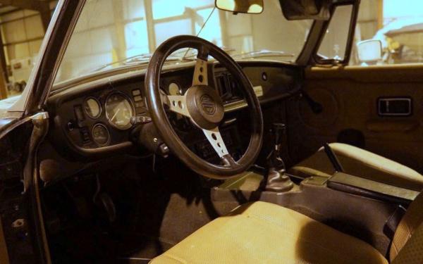 free-mgb-interior