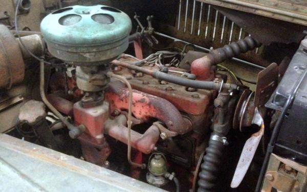 1957-volvo-sugga-motor