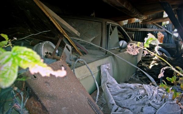 caved-in-barn