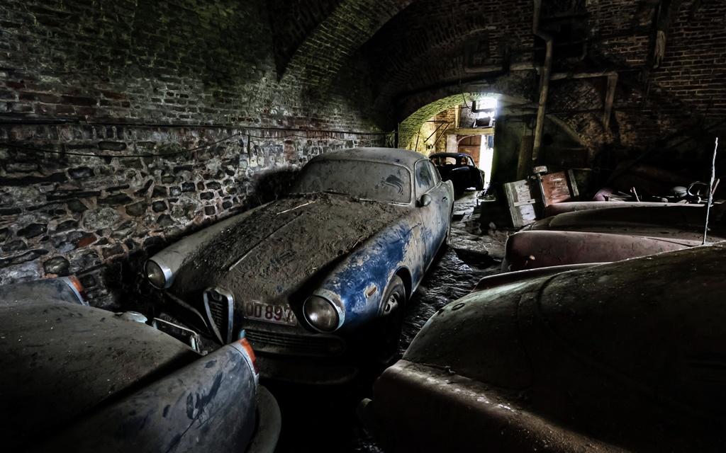 Dusty Alfa Romeos