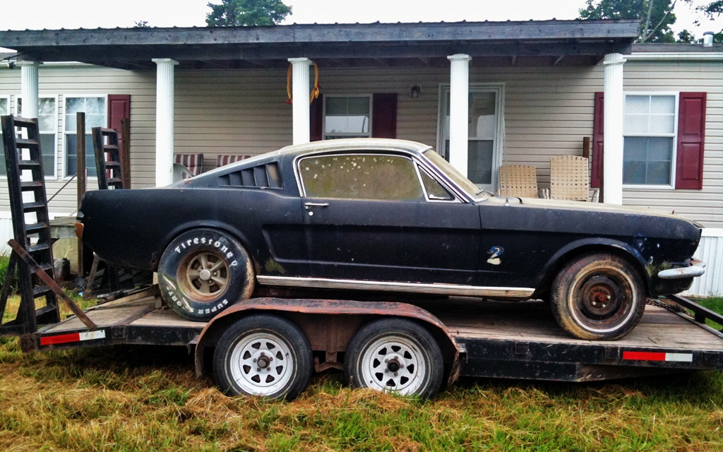 Larrys Mustang