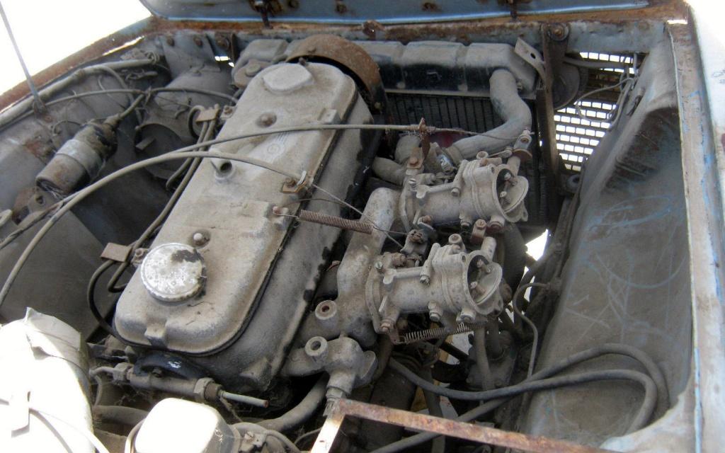 1966-glas-gt-1700-engine
