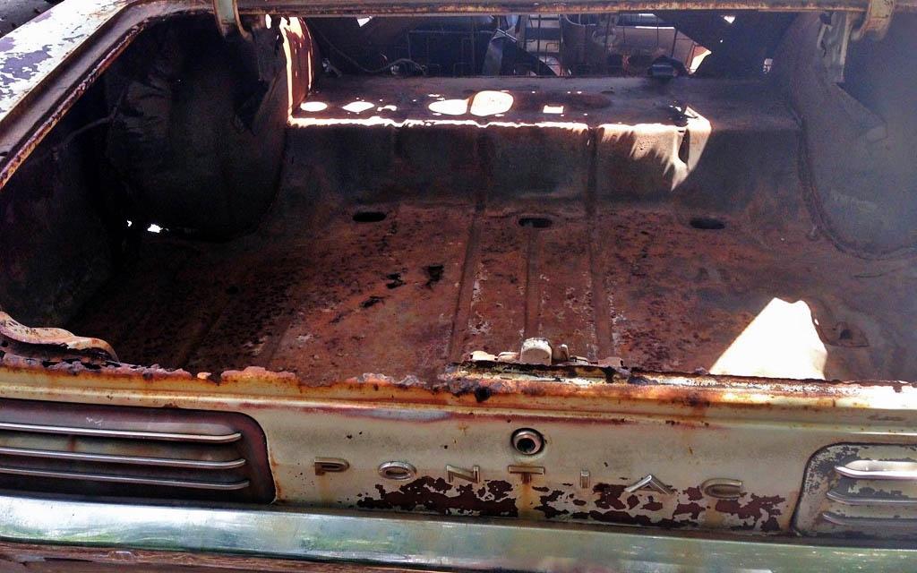 Pontiac GTO trunk