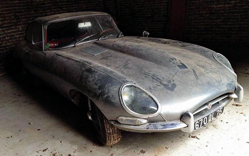 1964 Jaguar E-type in France
