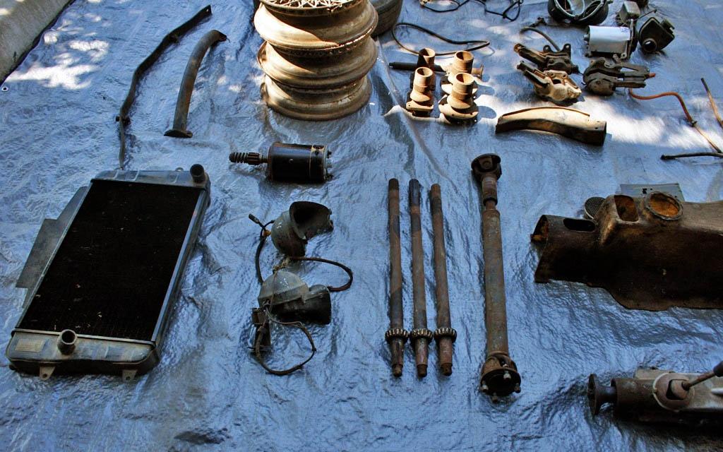 Daimler Dart Parts