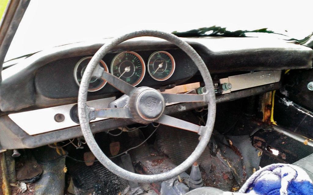 Porsche 912 Parts Car Interior