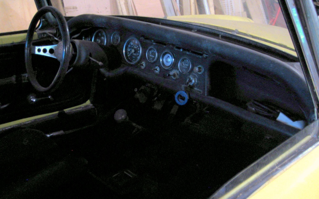 Sunbeam Alpine Interior