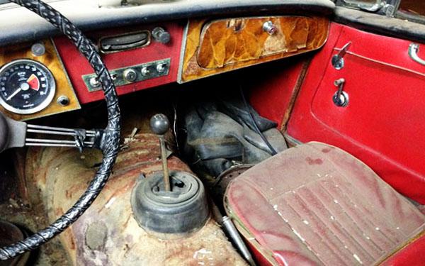 Austin-Healey 3000 Interior