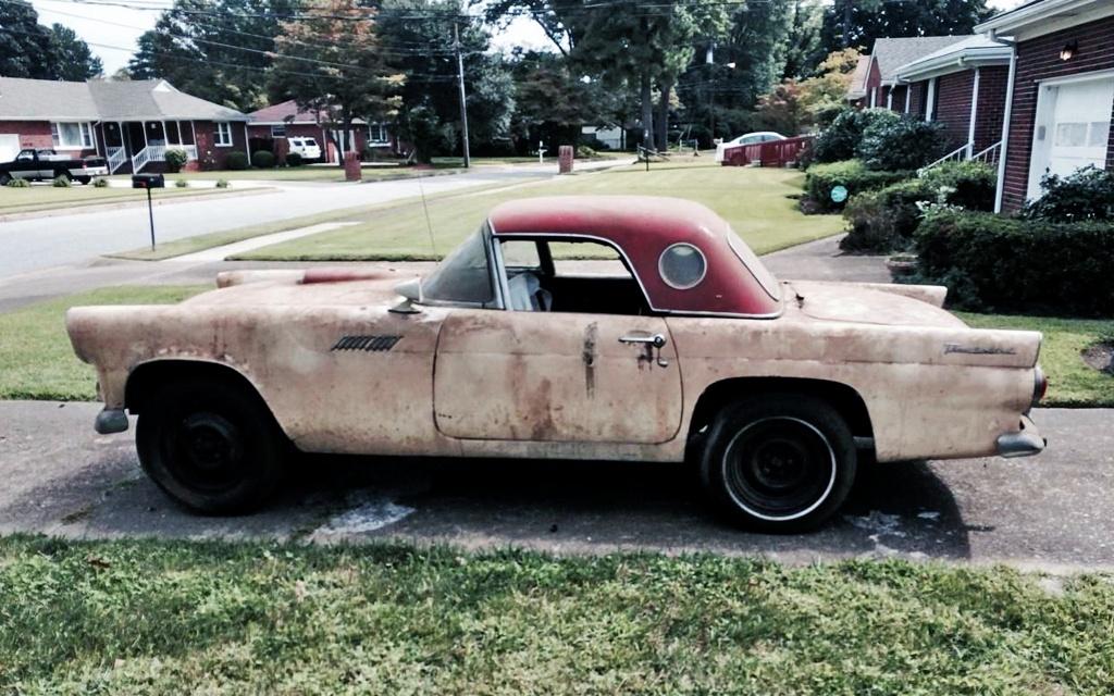 Dirty Ford Thunderbird