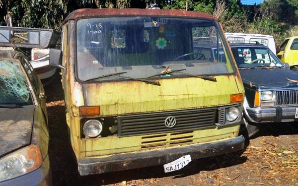 Unknown Model of VW Bus