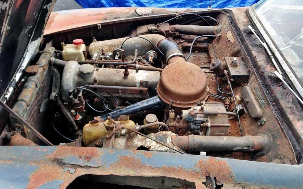 Mercedes 190sl Engine