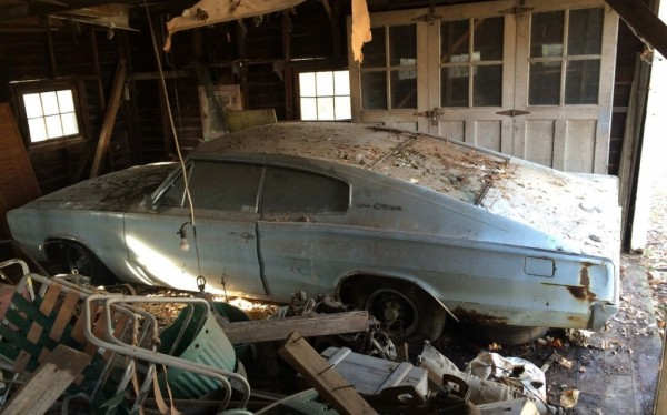 1966-dodge-charger-barn-find