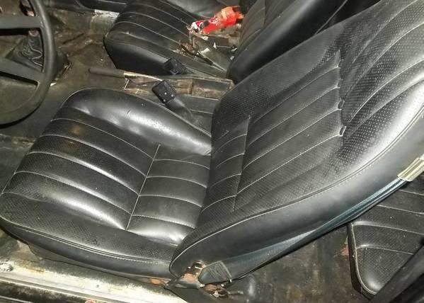 Cosworth-Vega-interior